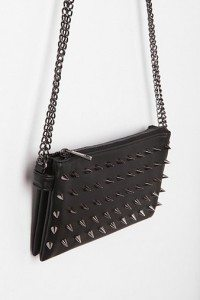 spiked leather purse, theurbanrealist