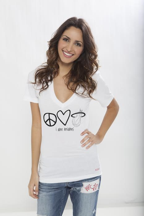 Providing Fashionable Pieces To Suit Every Style Peace Love World Is The Perfect Go To Option For A Look That Is Game Day Chic