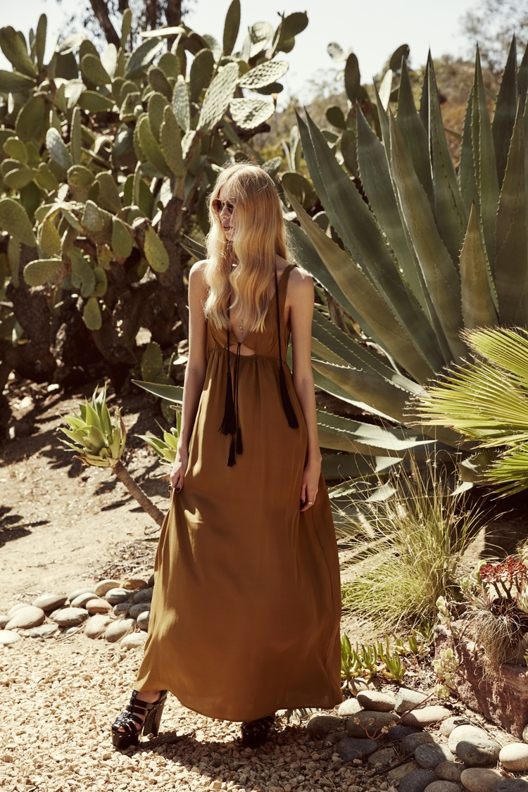 for-love-and-lemons-holiday-2015-collection 11