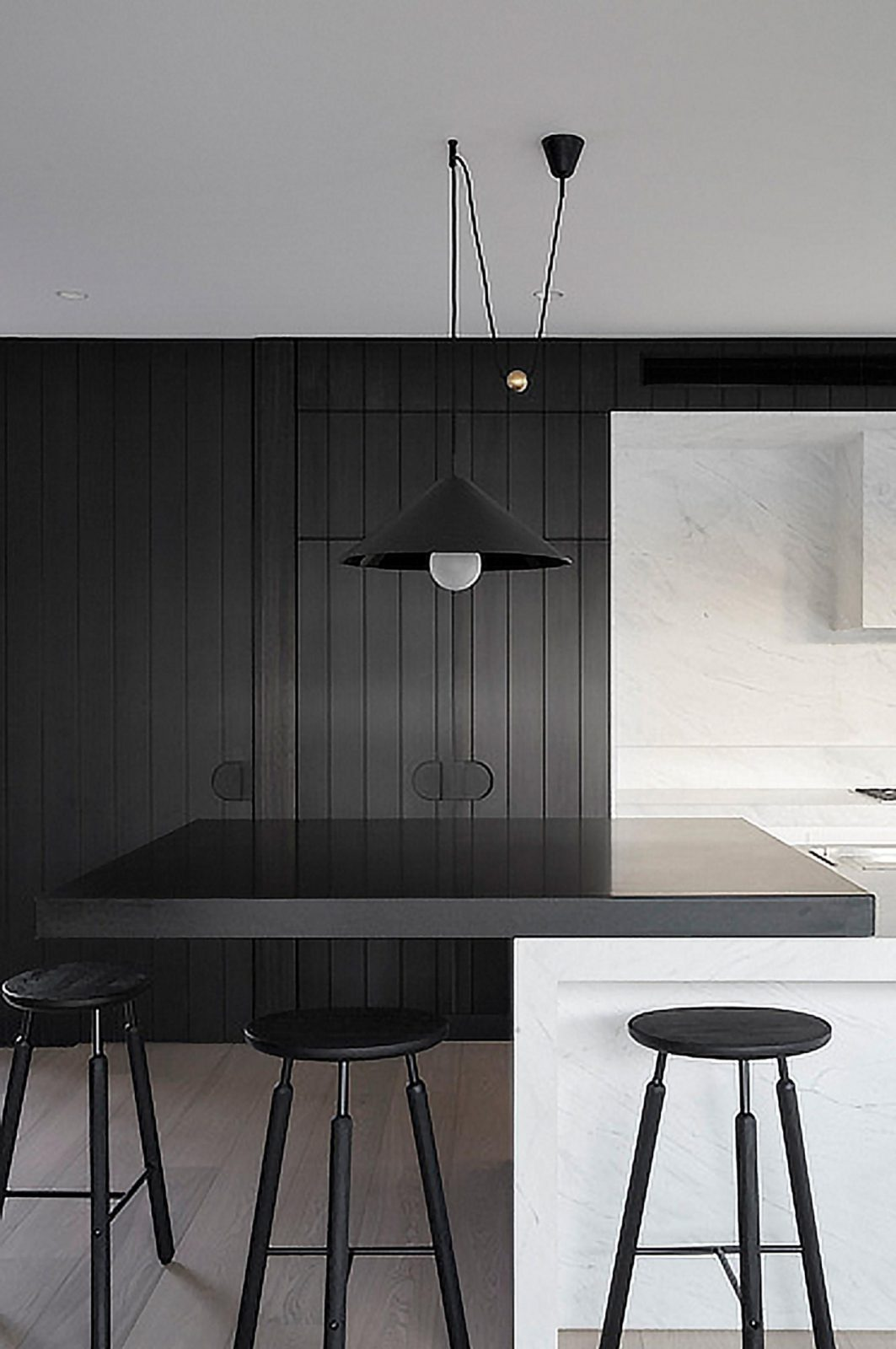 10 Minimalist Kitchens That Will Leave You Swooning Theurbanrealist