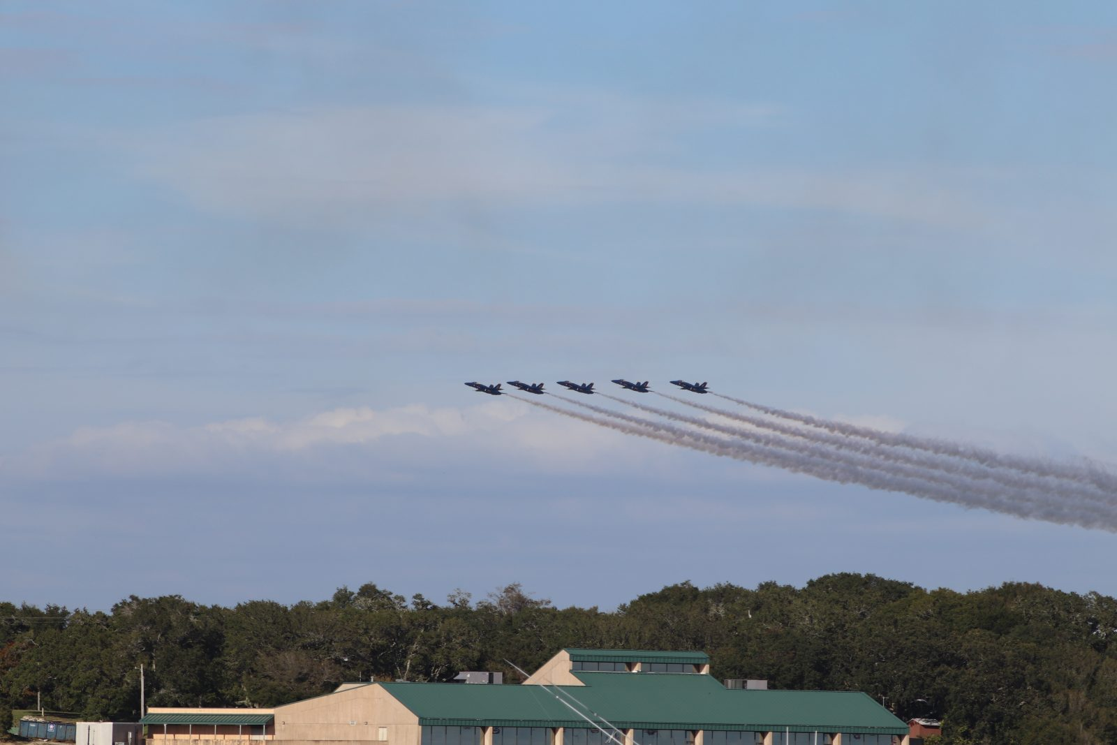blue angels live in pensacola